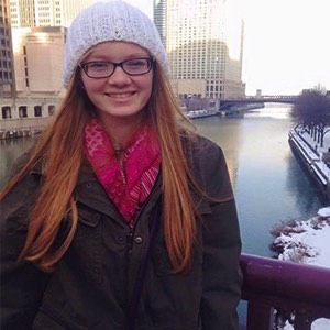 2015 scholarship winner Kendall Branham on trip during the winter, she has brown hair and is wearing a grey beanie