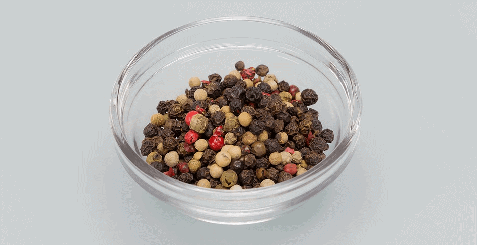small-bowl-black-pepper